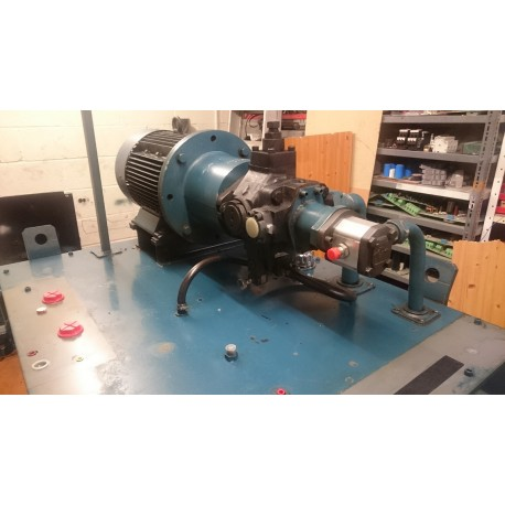 vickers 11 kw hydraulic power pack
