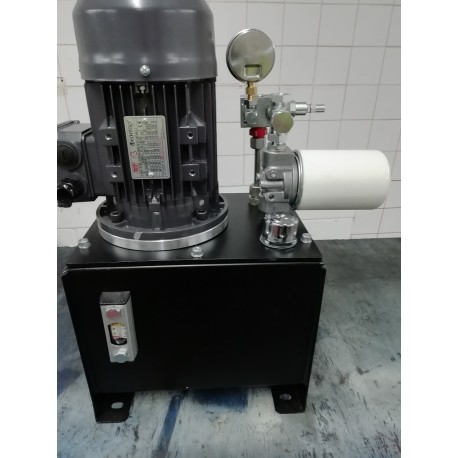 hydraulic power pack 2.2 kw 3000 psi 7.5 lpm 3 phase motor